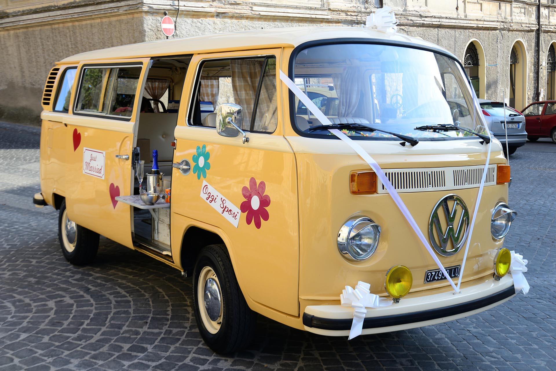 Affitto pulmino vintage roma: Alfred, pulmino Volkswagen per la tua festa