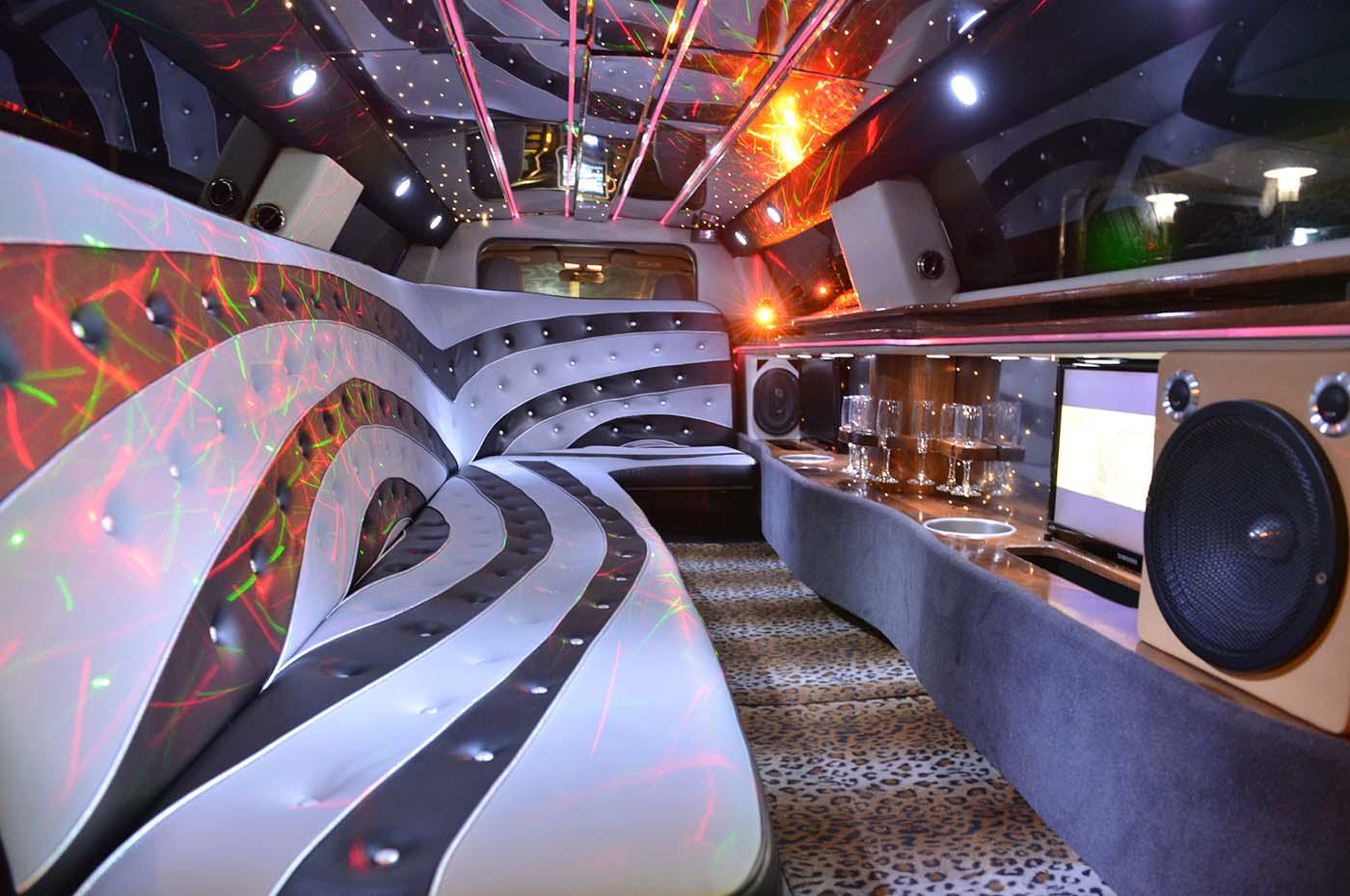noleggio limousine roma interni Vip Limousine Club